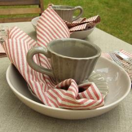Jazz Red Linen Napkins & Una Tablecloth Natural