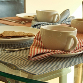 Linen Jazz Blue and Red Napkins
